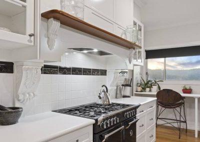 Hampton Style Kitchen Toowoomba 107