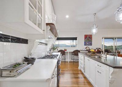Hampton Style Kitchen Toowoomba 111