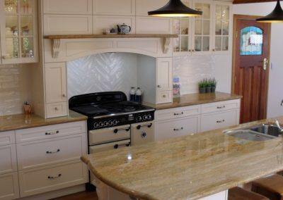 Hampton Style Kitchen Toowoomba 77