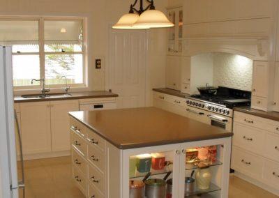 Hampton Style Kitchen Toowoomba 79